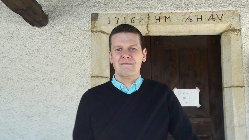 Olivier Jordi est le dernier tireur de cloches du Jura bernois (photo Eugenio d'Alessio)