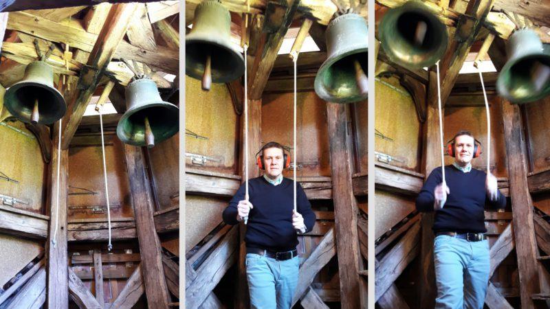 """Pour Olivier Jordi, """"actionner les deux cloches en bronze du temple de Vauffelin relève d'une expérience émotionnelle forte"""" (photo Eugenio d'Alessio)"""