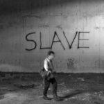 """""""L'être humain ne peut consommer sans produire sauf à constituer une société vivant aux dépens des autres"""" (photo: flickr/hugojcardoso/<a href=""""https://creativecommons.org/licenses/by-nc-nd/2.0/legalcode"""" target=""""_blank"""">CC BY-NC-ND 2.0</a>)"""