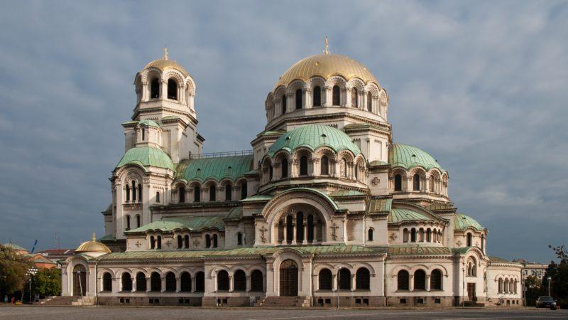 La cathédrale Alexandre-Nevski de Sofia, est le siège du patriarche orthodoxe de Bulgarie (photo Wikimedia commons Plamen Agov CC BY-SA 1.0)