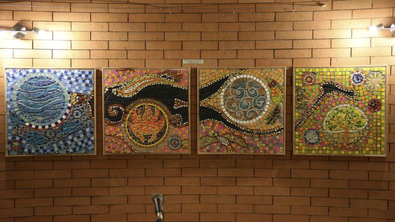 Les Hauts-Geneveys le 9 juin 2016. Le quadriptyque en mosaïque réalisé par les jeunes adultes de la fondation des Perce-Neige. (Photo: Bernard Hallet)