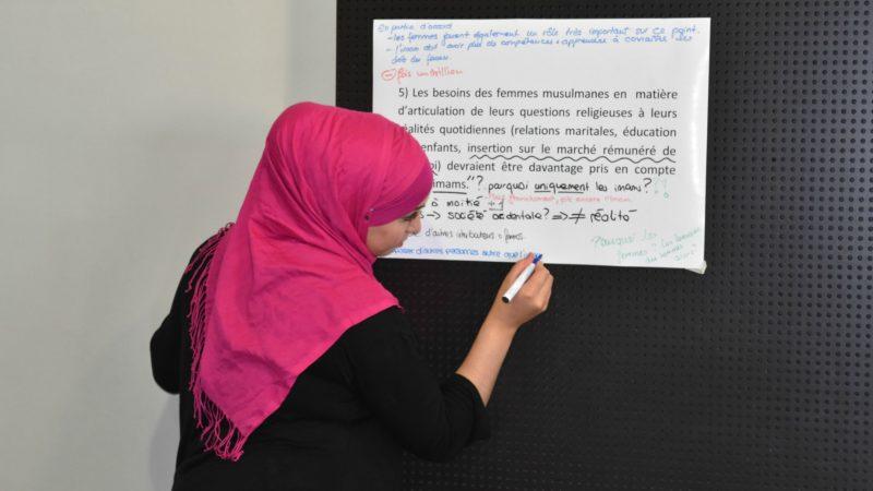 Fasting Days 2016  Les jeunes musulmans débattent avec les responsables du Centre Suisse Islam et Société (Photo:  Jacques Berset)