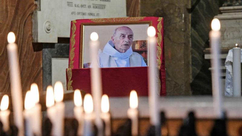 Un groupe de 80 pèlerins normands assisteront à la messe du pape, en mémoire du Père Jacques Hamel. (Photo: Epa Ansa/Alessandro di Meo/Keystone)