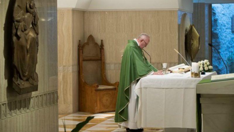 Le pape François célèbre la messe à la Maison Sainte-Marthe | © Osservatore Romano