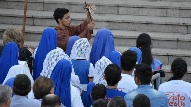 Caacupé Représentation de l'évangélisation des Indiens du Paraguay à la messe des jeunes    © Jacques Berset
