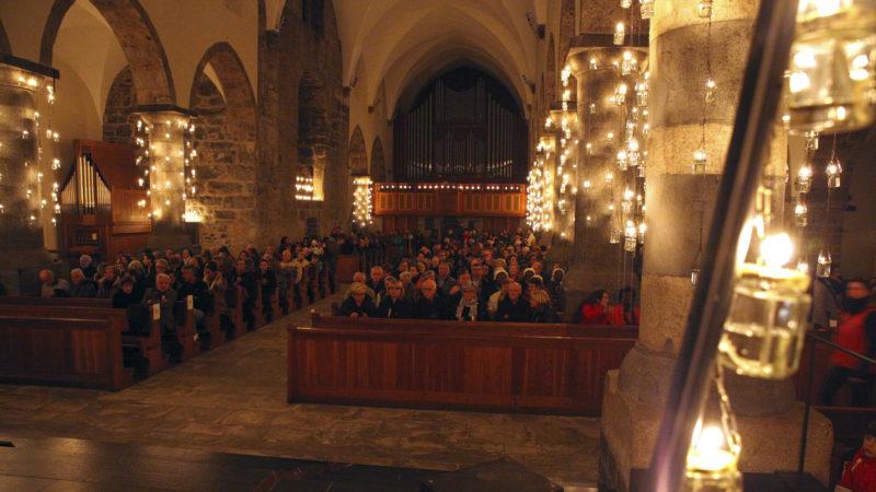En attendant le concert de la Schola de Sion. (Photo: B. Hallet)