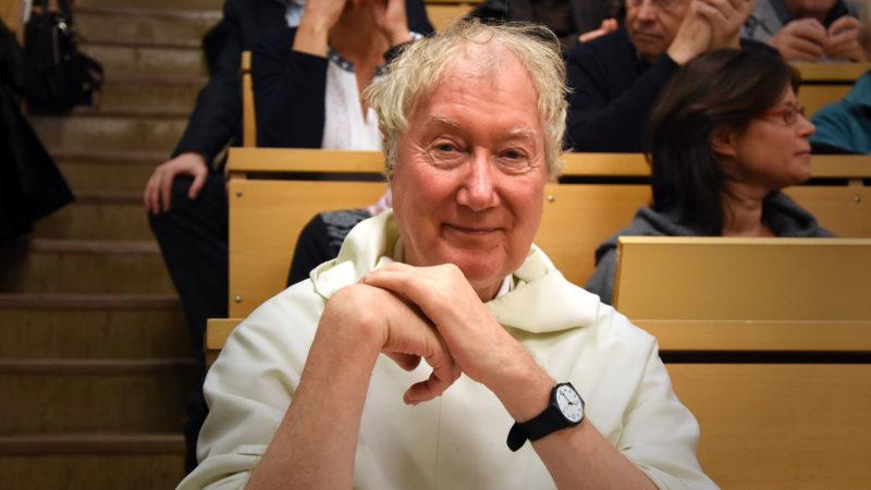Frère Timothy Radcliffe à l'Université de Fribourg, avant sa conférence en tant que docteur honoris causa 2016. (Photo: Grégory Roth)
