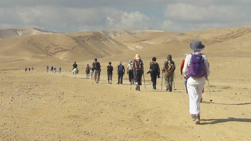 Les marcheurs ont affronté le désert de Cisjordanie (Photo:ass. Compostelle-Cordoue)