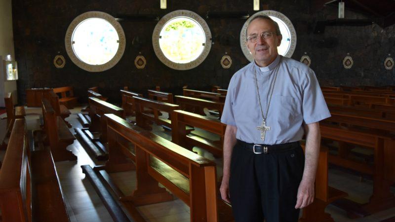 Paraguay Mgr Guillermo Steckling, évêque de Ciudad del Este, dans sa cathédrale (Photo:  Jacques Berset)