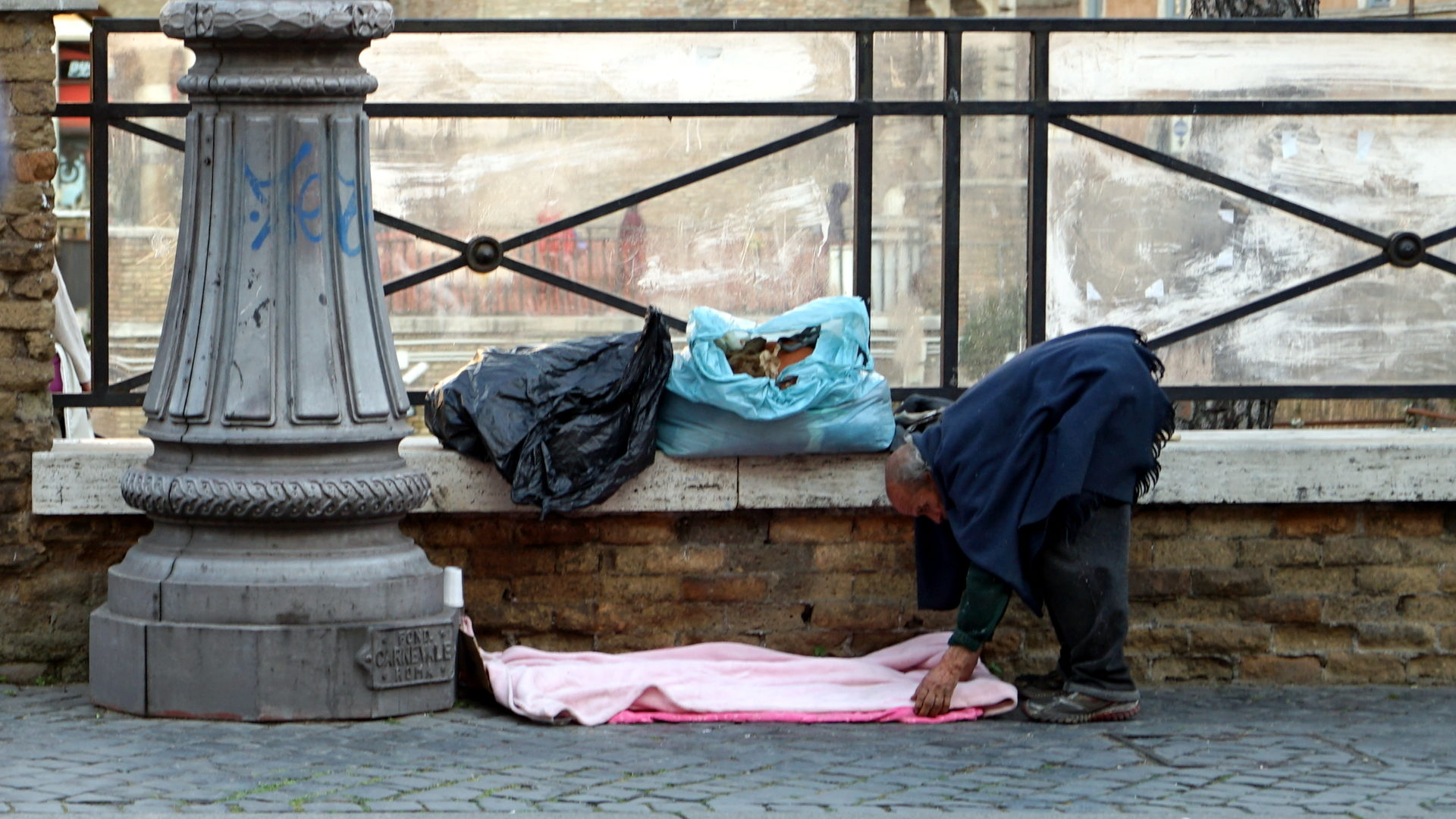 Le pape fran ois rend accessible les dortoirs du vatican - Les beatitudes une secte aux portes du vatican ...