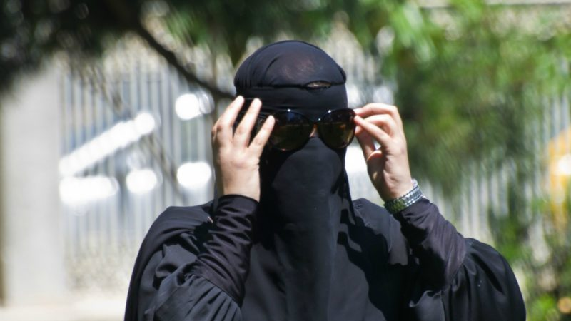 """Le port du niqab est un sujet qui fait débat en Suisse (Photo:Asian Media/Flickr/<a href=""""https://creativecommons.org/licenses/by-nc-nd/2.0/legalcode"""" target=""""_blank"""">CC BY-NC-ND 2.0</a>)"""