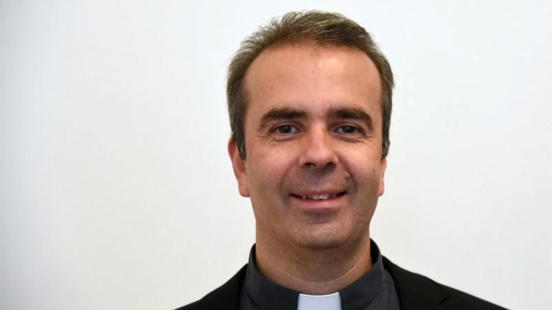 L'abbé Pascal se consacrera à plein temps à sa charge de vicaire épiscopal (Photo: Raphaël Zbinden)