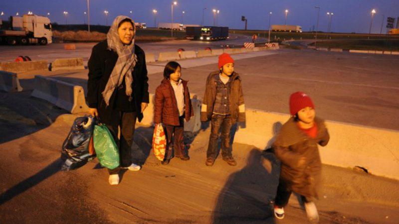 """France  Des """"couloirs humanitaires"""" pour accueillir des réfugiés vulnérables (Photo:  © Xavier Schwebel/Secours Catholique-Caritas France)"""