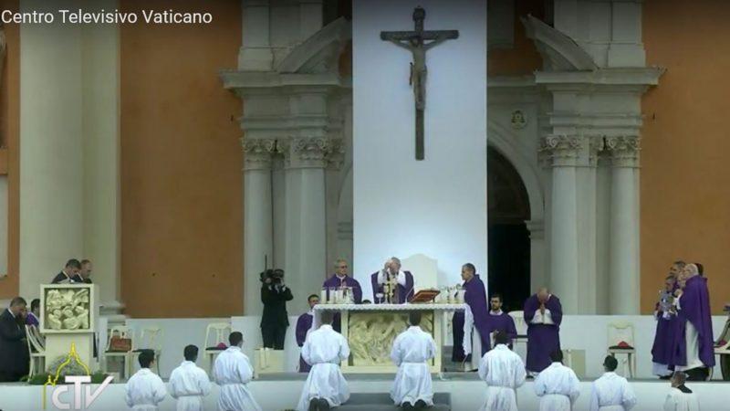 Le pape François en visite pastorale à Carpi, en Emilie-Romagne (capture d'écran CTV)