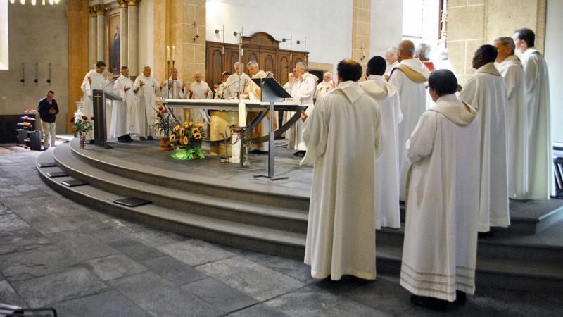 la Conférence des évêques suisses (CES) a accepté de repousser à Pâques 2018 l'entrée en vigueur de la modification du 'Notre Père' (Photo: Pierre Pistoletti)