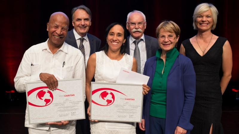 Le Prix Caritas 2017 attribué aux militants colombiens Luz Estella Romero et Ricardo Esquivia (Photo:  Priska Ketterer / Caritas Suisse)