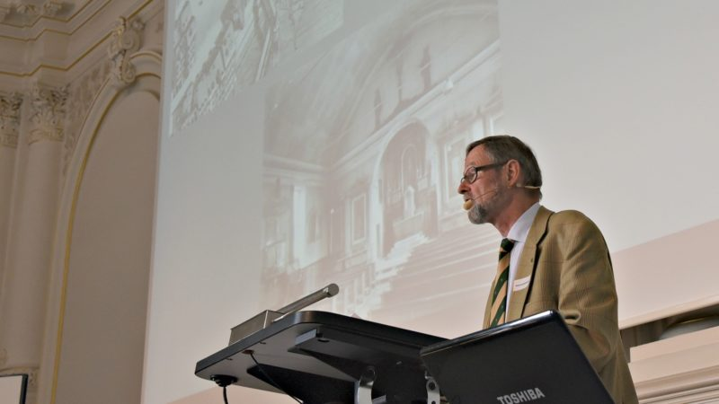 Hansruedi Kleiber, de l'Eglise catholique de Lucerne, a présenté les cas de reconversion dans sa ville (Photo:Raphaël Zbinden)