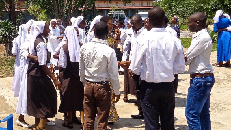Une centaine de religieux se sont rencontrés le 7 octobre à Kananga, Congo RDC (Photo: Guy Luisier)