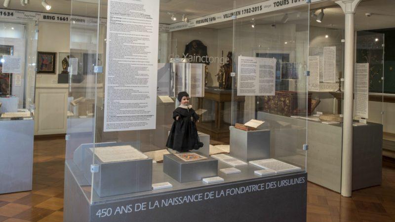 L'exposition joue sur la sobriété (Photo:Soeurs de Ste-Ursule Fribourg)