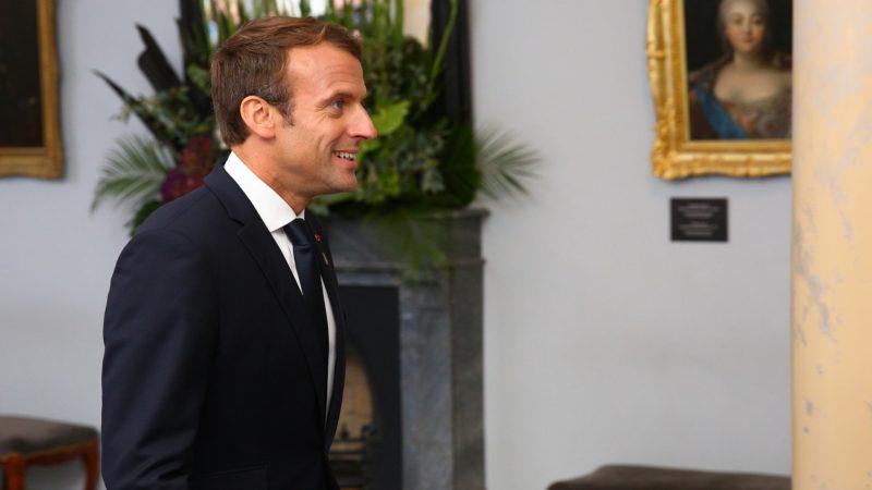 """Emmanuel Macron se rendra à Rome prendre possession de son titre de cahnoine d'honneur de Saint-Jean-de-Latran.   © Flickr/Arno Mikkor/<a href=""""https://creativecommons.org/licenses/by/2.0/legalcode"""" target=""""_blank"""">CC BY 2.0</a>"""