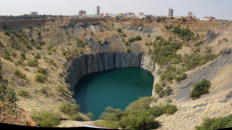 Ancienne mine en Afrique du Sud où jusqu'à 50'000 personnes ont extrait 3 tonnes de diamants. | © Flickr/Tim Ellis/CC BY-NC 2.0.