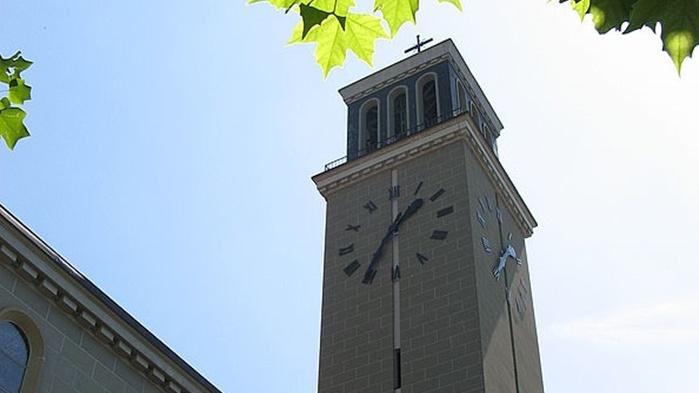 Clocher de l'église St-Pierre - Fribourg