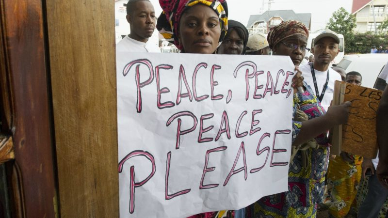 Les Congolais recherchent la paix dans un pays durement touché par la violence (UN photos)
