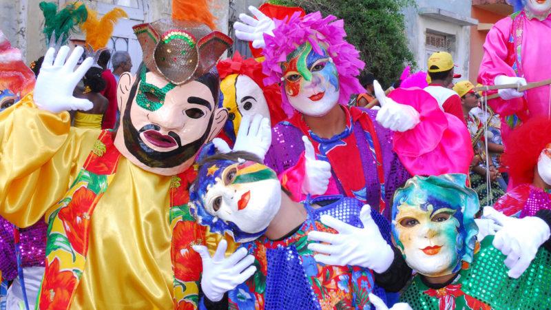 "L'étymologie latine rappelle le sens de ""carnaval"": ""Carna"", la viande ; ""Vale"", au revoir. | ©  Flickr/Prefeitura de Olinda/<a href=""https://creativecommons.org/licenses/by/2.0/legalcode"" target=""_blank"">CC BY 2.0</a>"