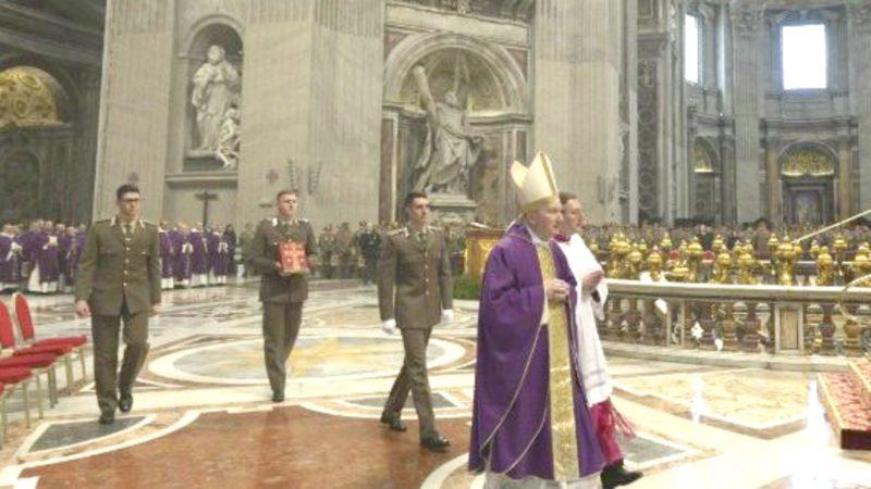 Le cardinal Parolin à la basilique Saint-Pierre | © Vatican Media