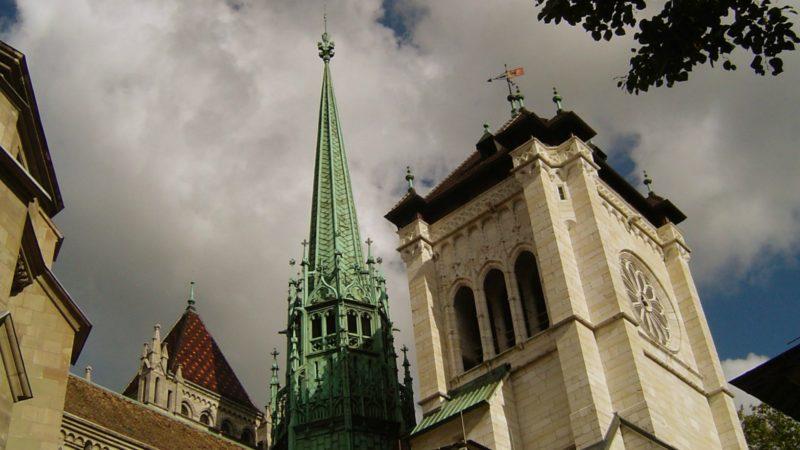 Les Eglises genevoises émettent des réserves sur la laïcité (Photo:cathédrale protestante St-Pierre de Genève:Marc Buehler/Flickr/CC BY-NC 2.0)