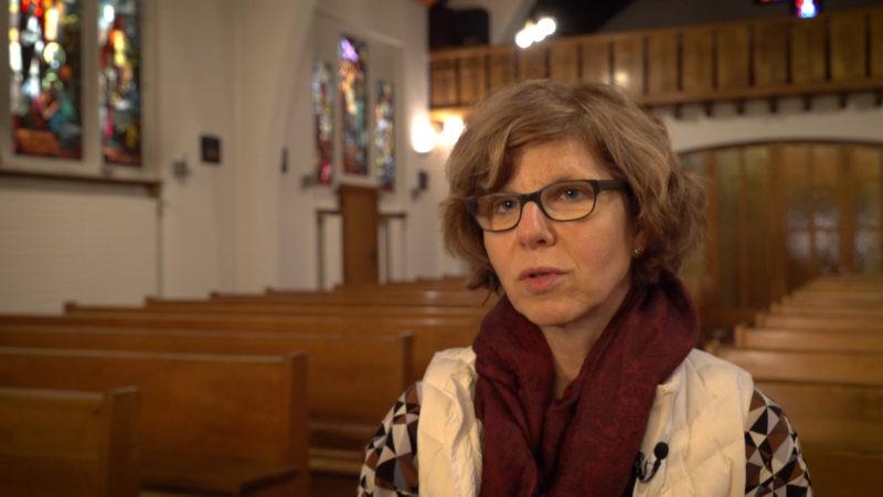 Catherine Menoud est assistante pastorale à Genève. C'est dans la petite église de Plan-les-Ouates qu'elle vient puiser la force nécessaire à son engagement | © Pierre Pistoletti
