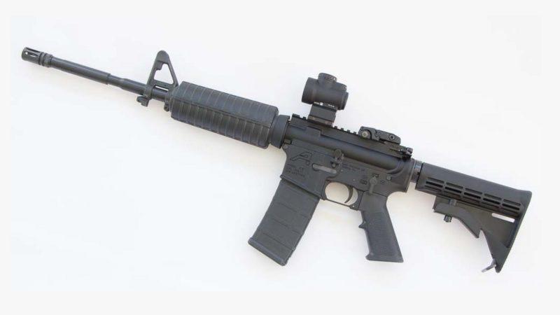 Au Etats-Unis, il est très facile d'acheter un fusil mitrailleur AR-15 | Flickr  CC BY  2.0