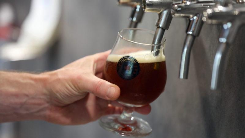 La bière de l'évêque sera vendue au profit dôeuvres carritatives. | © B. Hallet