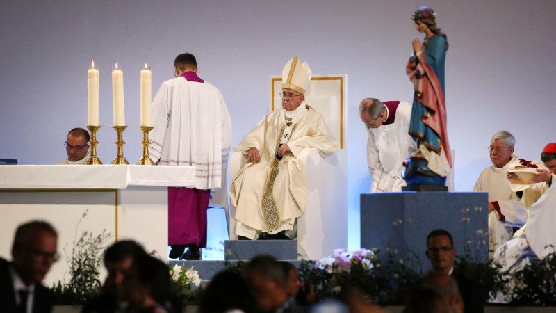 Messe du pape François à Palexpo | © Bernard Hallet