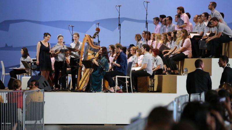 La chorale de la messe à Palexpo | © Bernard Hallet