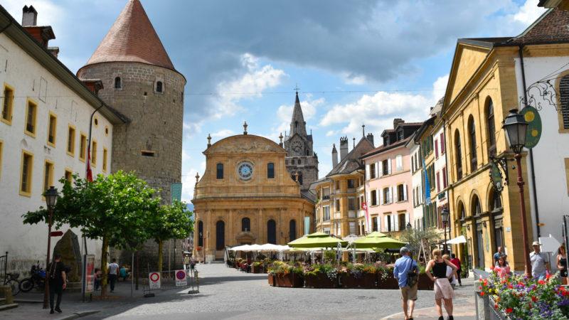 Sur la route de la Via Francigena à Yverdon-les-Bains Place Pestalozzi, l'ancienne chapelle Notre-Dame devenu à la Réforme le temple réformé d'Yverdon | © Jacques Berset