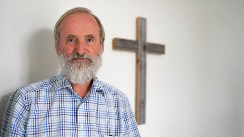 Le pasteur Norbert Valley a reçu une amende de 1000 francs pour avoir aidé un sans-papiers | © Pierre Pistoletti