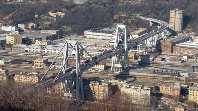 Gênes Le 'Pont Morandi' avant son effondrement | CC Bbruno  Wikimedia commons