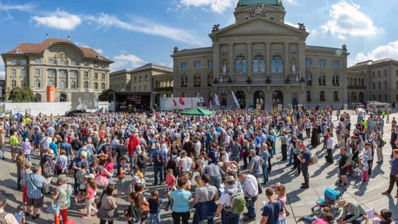 9e Marche pour la Vie sur la Place fédérale de Berne | © Marche pour la vie