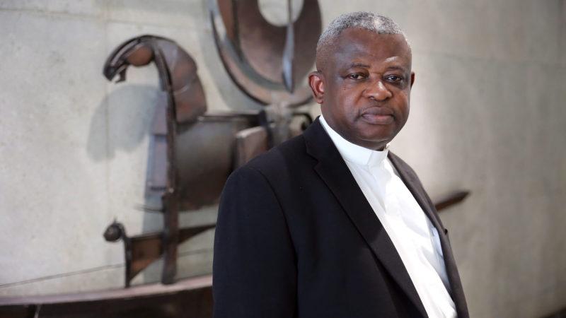 L'abbé Donatien Nshole ne cache pas son inquiétude à trois mois des élections en RDC. | © B. Hallet