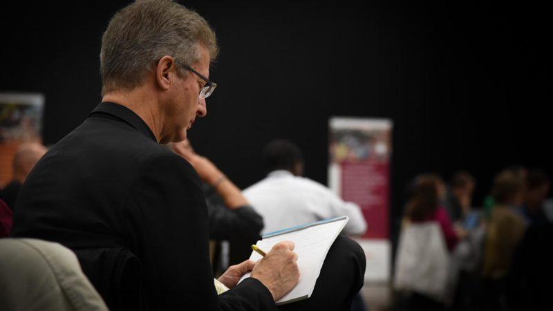 Mgr Alain de Raemy, délégué de la Conférence des évêques suisses pour le synode sur la foi, les jeunes et le discernement vocationnel | © Pierre Pistoletti