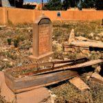 Irak Les djihadistes de Daech ont saccagé le cimetière chrétien de Qaramles et même ouvert des tombes   © Jacques Berset
