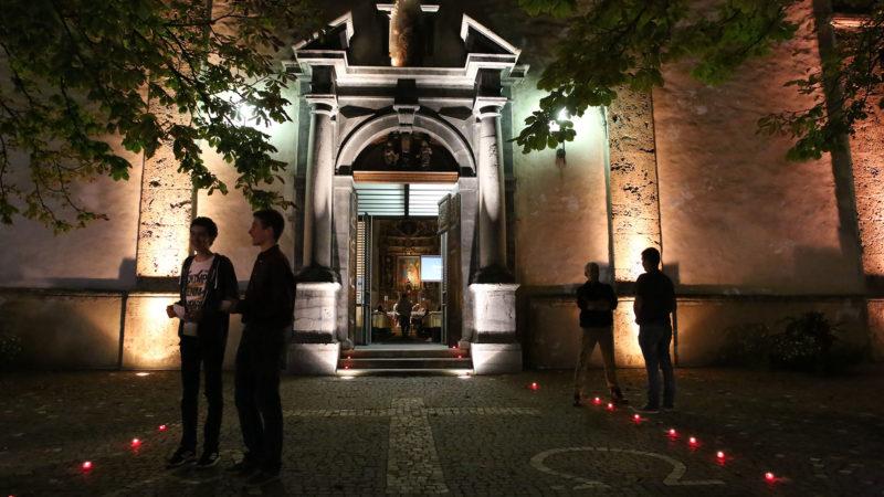 L'église de Notre-Dame de la Visitation, grande ouverte, lors de la soirée synode à Martigny. | © B. Hallet