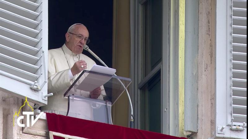 La prière du Notre-Père accompagne le cri de ceux qui ont faim, affirme le pape | © CTV