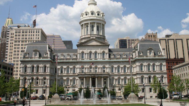 L'Hôtel de ville de Baltimore sur la côte est des Etats-Unis | wikimedia commons Marylandstater domaine public
