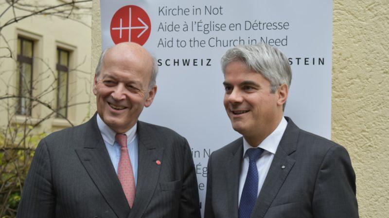 L'Autrichien Thomas Heine-Geldern, président international d'Aide à l'Eglise en Détresse ,et le président de la section suisse Marco Reichmuth | © Jacques Berset