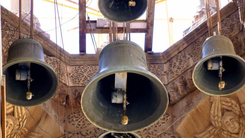 Les cloches sonnent l'appel à la prière (photo prétexte)   domaine public