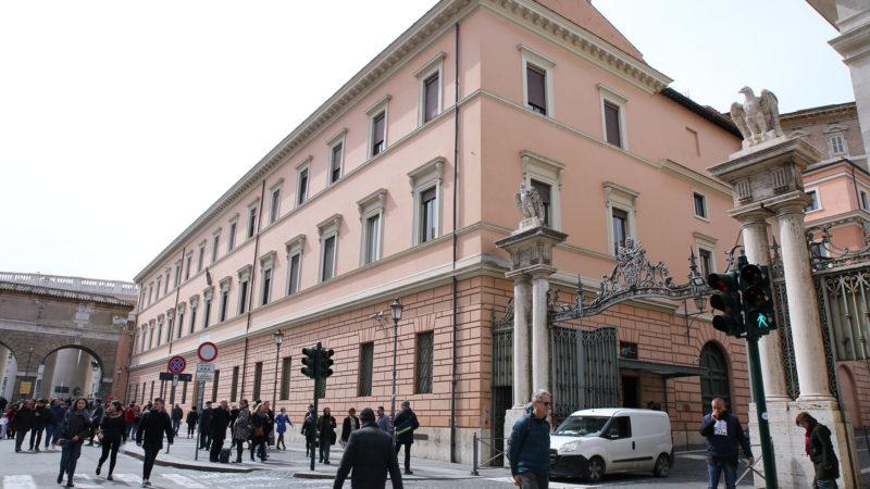 Un appel aux dons est lancé pour financer le chantier de la reconstruction de la caserne des gardes suisses. | © B. Hallet