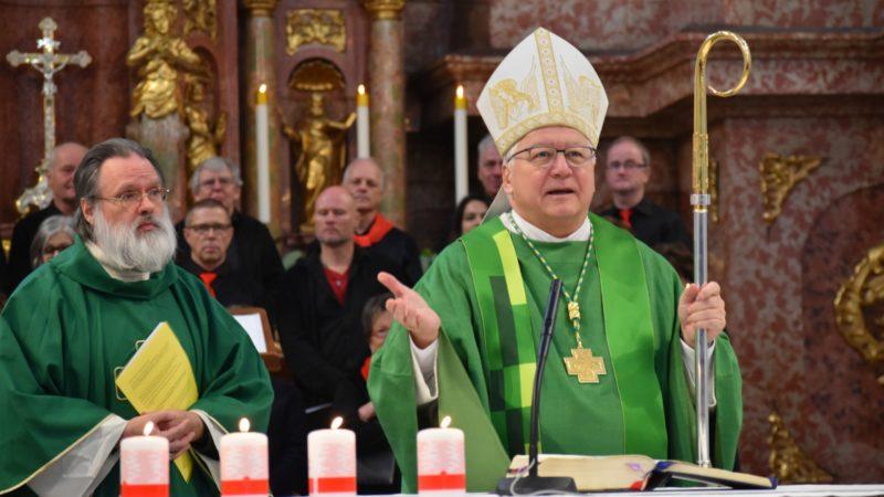 Mgr Markus Büchel, évêque de Saint-Gall, à l'église des jésuites à Lucerne | © Jacques Berset