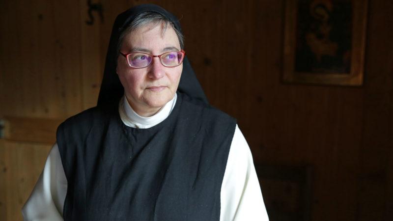 """""""Après une purification, l'Eglise va repartir de l'Evangile"""", estime Sœur Marie-Paule.   © B. Hallet"""